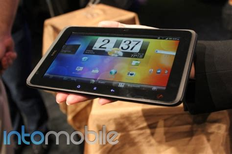 sprint deploys honeycomb update to evo view 4g sprint htc evo view 4g launching with android 3 0 honeycomb