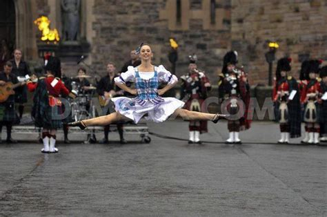 edinburgh tattoo gael 46 best 2014 royal edinburgh military tattoo images on