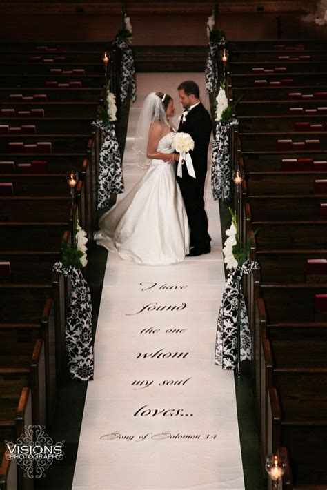 17 best ideas about magnolia realty on pinterest fixer 17 best ideas about wedding aisle runners on pinterest