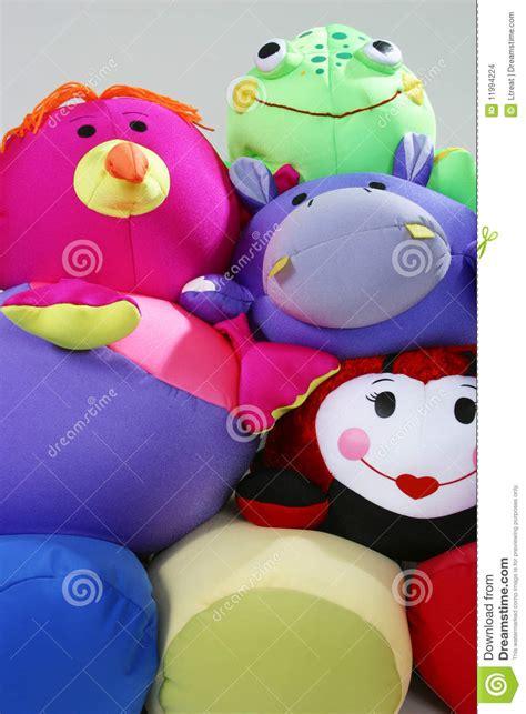 cuscini animali cuscini animali immagini stock immagine 11994224