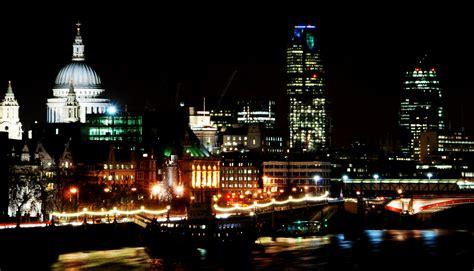 File:London night skyline (429510111).jpg - Wikimedia Commons
