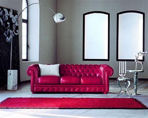 soggiorno con divano arredare il soggiorno con un divano rosso salotto perfetto