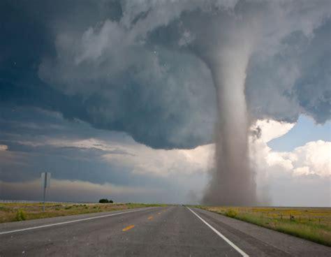 imagenes socionaturales tornados terror de la naturaleza ciencia uanl