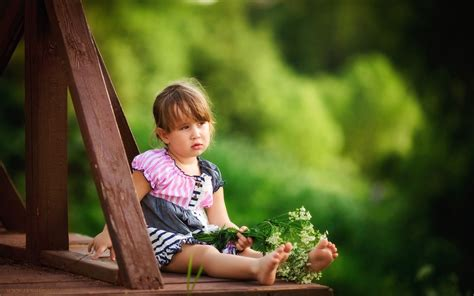 tiny petite cute sad little girl hd wallpaper download famous quotes