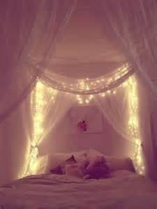 Canopy Bedroom Decor 20 Diy Canopy Beds Home Design And Interior