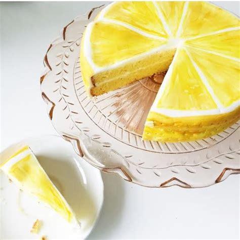 Lemon Decorations by Lemon Cake Decorating The With Glasses