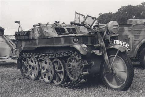 ww2 military vehicles f r simms armored quadricycle 1899 guns pinterest