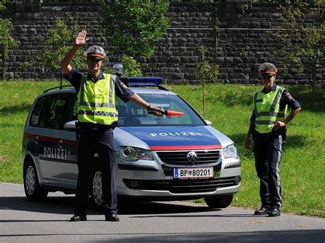 Motorrad F Hrerschein Wels by File 214 Sterreichische Bundespolizei 09 Jpg Wikimedia Commons