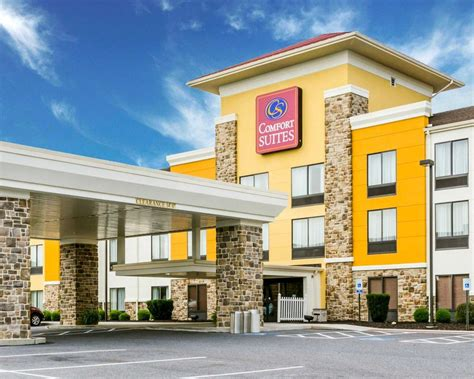 comfort inn in lancaster pa comfort suites amish country in lancaster pa 717 299 7