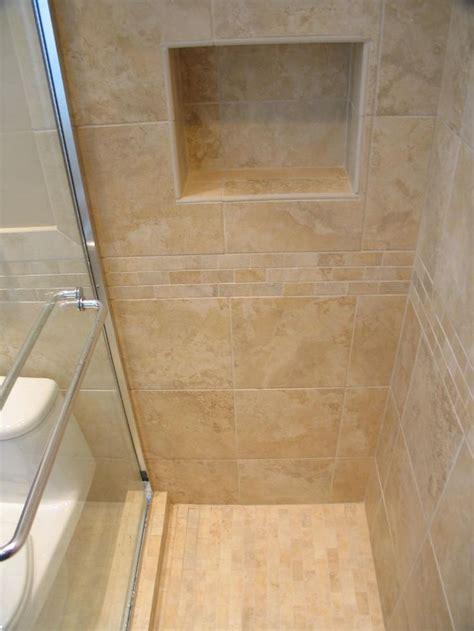 small travertine bathroom 25 best ideas about travertine shower on pinterest