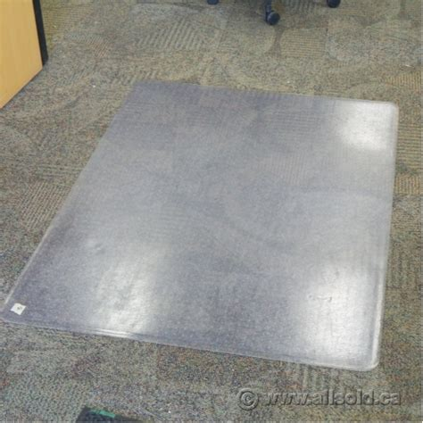 Plastic Chair Mat For Carpet by 45 X 60 Rectangular Plastic Chair Mat For Carpet Allsold Ca Buy Sell Used Office Furniture