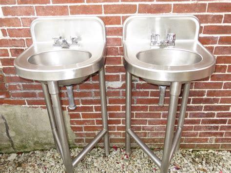 antique pedestal sink for sale 28 vintage farm sinks for sale porcelain over cast
