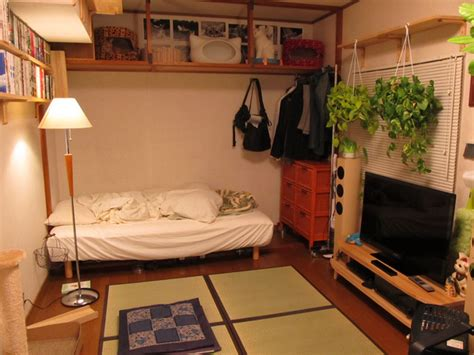 Small Room Decorating Ideas From Japan Blog Small Space Living Ideas Kitchen