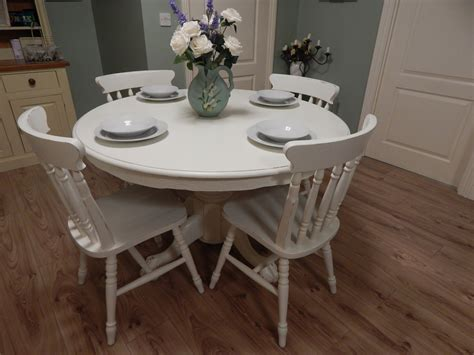 lovely shabby chic farmhouse table and 4 chairs sold
