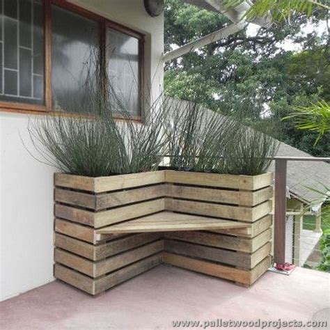 pallet corner bench upcycled wood pallet ideas pallet wood projects
