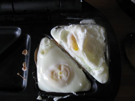 Egg Sandwich Toaster whynotsmile how to fry an egg in a sandwich toaster