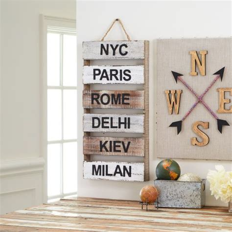 Travel Decorations by 17 Best Ideas About World Travel Decor On