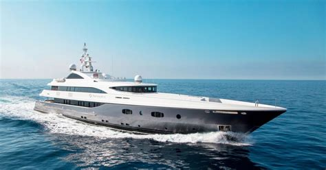 charter yacht turquoise featured in sky atlantic riviera - Yacht Tv Show