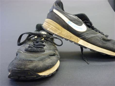 football coaches shoes charitybuzz take a walk in the shoes of psu legendary