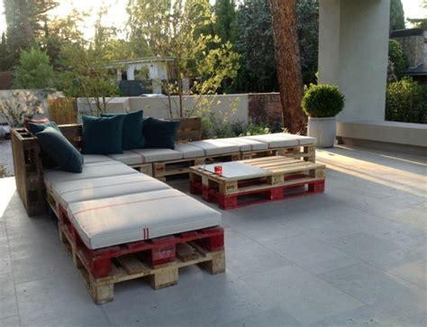 Merveilleux Fabriquer Un Salon De Jardin Avec Des Palettes #3: palette-bois-meubles-salon-de-jardin-1.jpg