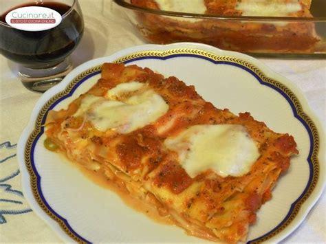 come cucinare lasagne lasagne alla pizzaiola cucinare it