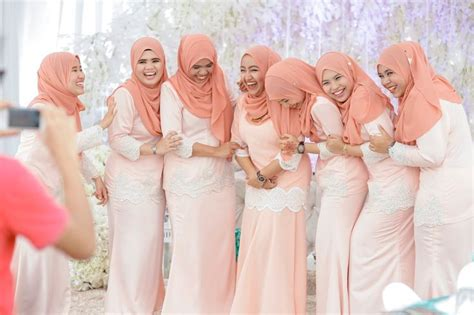 pattern baju bridesmaid 10 best images about family bridesmaids colour theme on