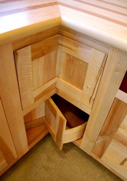 Kitchen Lazy Susan Corner Cabinet by Best 25 Kitchen Corner Ideas On Kitchen