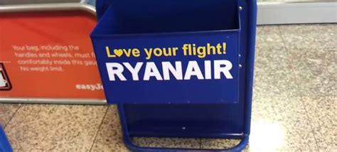 equipaje de mano con ryanair equipaje de mano en ryanair medidas y condiciones 2018