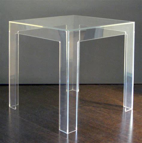 tavoli in policarbonato noleggio arredi per stand e fiere sedie sgabelli tavoli