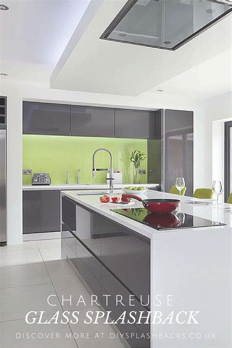 Prices On Kitchen Cabinets by Best 25 Modern Grey Kitchen Ideas On Pinterest