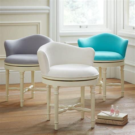 bedroom vanity chair with back bedroom vanity chair with back best 25 vanity chairs ideas