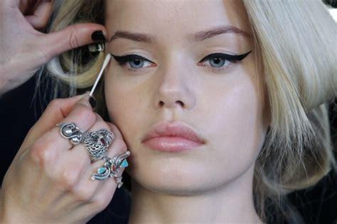 Make Up Di Singapore come mettere l eyeliner in modo perfetto trucchi e consigli utili