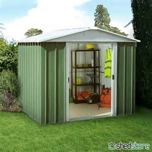 2 Floor Sheds by 7 11 X 7 2 Yardmaster Green Metal Shed 87geyz With Floor