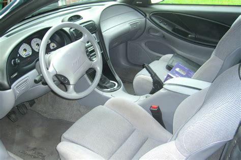 file 1995 mustang gt interior grey jpg wikimedia commons