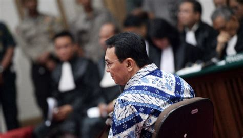ahok jail ahok maintains his health in jail with exercise metro