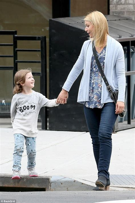 claire danes son claire danes with onscreen son for a kid like jake daily