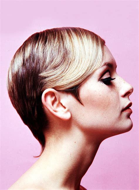 rare hair cuts vintagegal twiggy c 1967 rare side view boheme