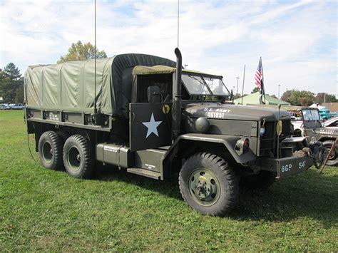 jams trucks reo motor car company in war two