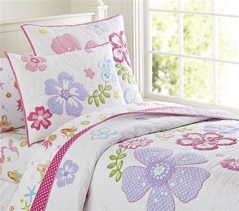 charlotte s room shabby chic flower daybed bedding new house rooms pinterest hibiscus