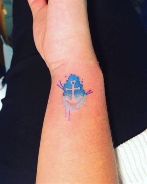 small anchor tattoos for women 25 excellent small anchor ideas for styleoholic