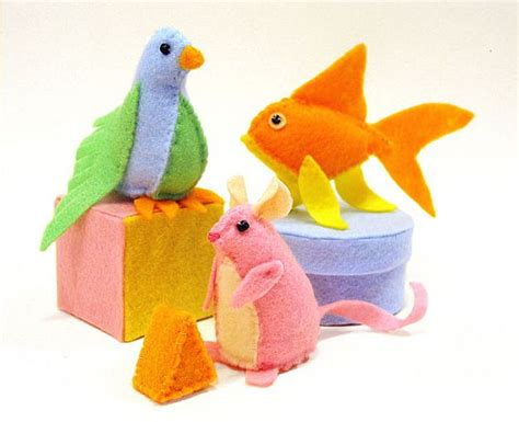 Diy Cat Toys From Marmalade by And Easy Diy Cat Toys To Make For Your Favourite Feline