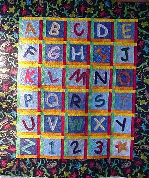 quilt pattern alphabet 27 best sewing alphabet quilts images on pinterest