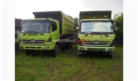 Truck Mixer Hino Bekas 2013 hino dutro dump truck