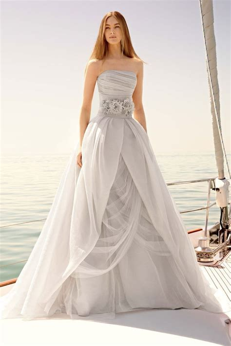 Best 25  Grey Wedding Dresses ideas on Pinterest   Wedding