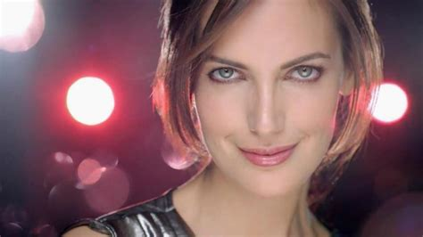 olay ageless model who is the actress in the olay regenerist commercial