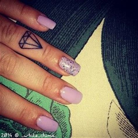 diamond tattoo on finger 35 best images about tatoos on