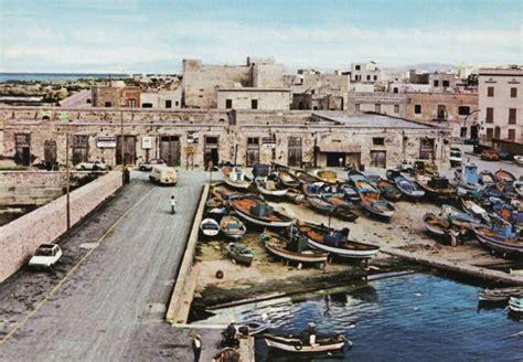 porto favignana favignana pretti foto vecchia barche porto san leonardo