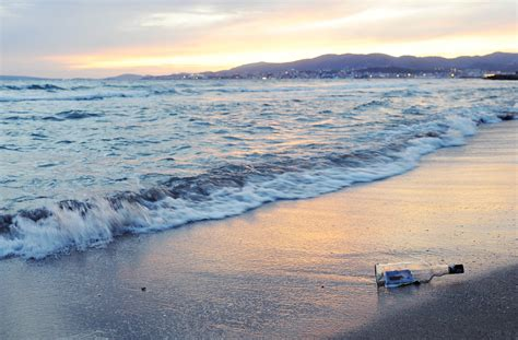paddlers discover unique message in a bottle and follow