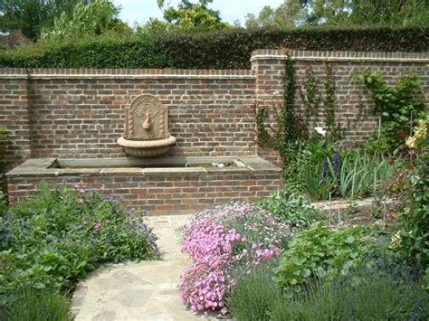 Small Walled Garden Design Ideas Awesome Garden Wall 6 Garden Wall Designs Smalltowndjs