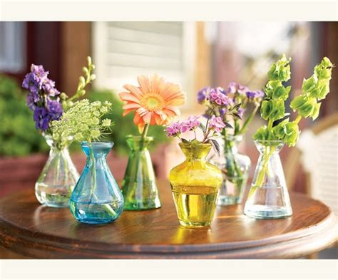 Bud Vases For Wedding by Hearts Flowers Decorating For Your Wedding Day Bistro